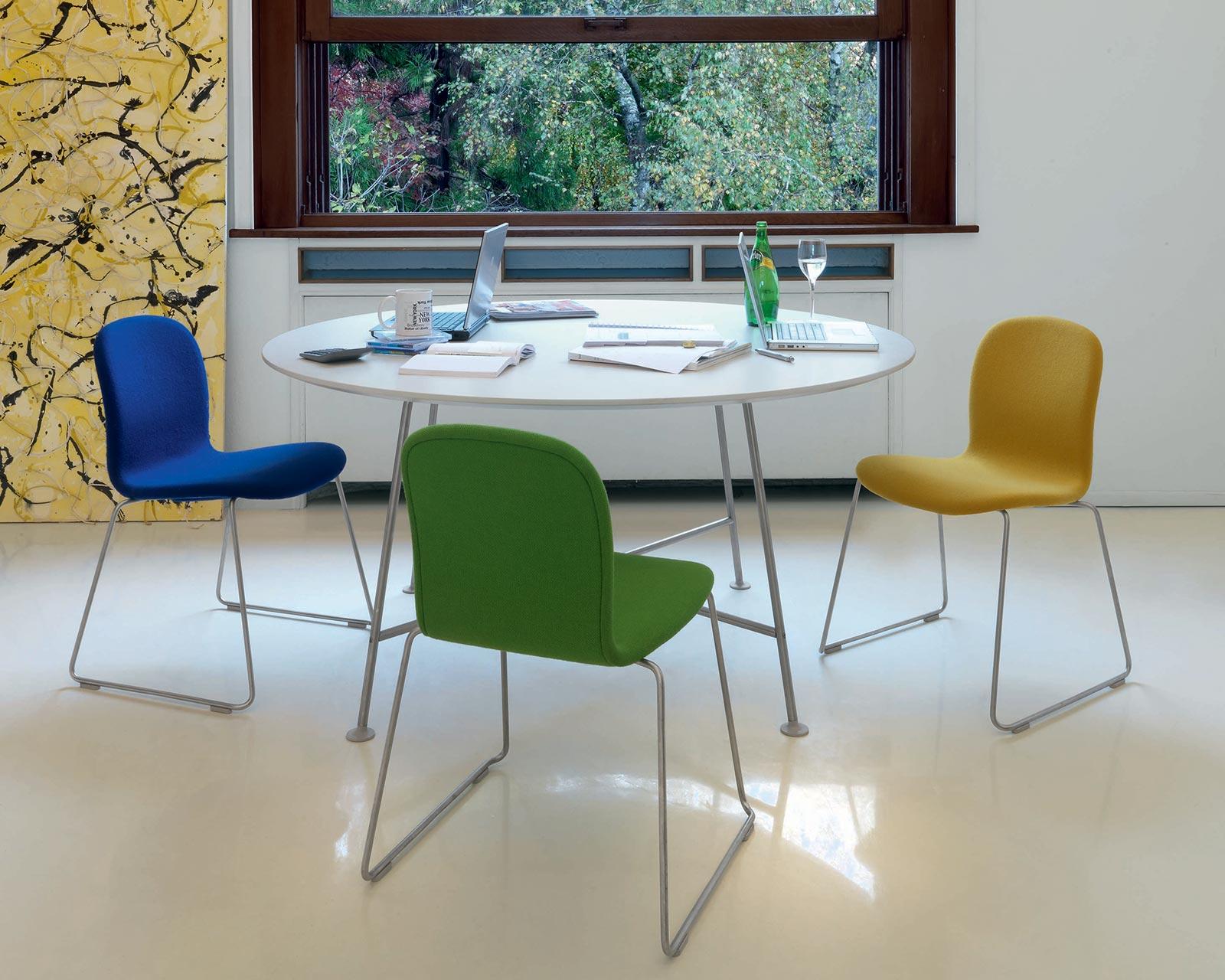 Tavoli e tavolini spazio ambiente sa locarno - Tavoli e tavolini ...